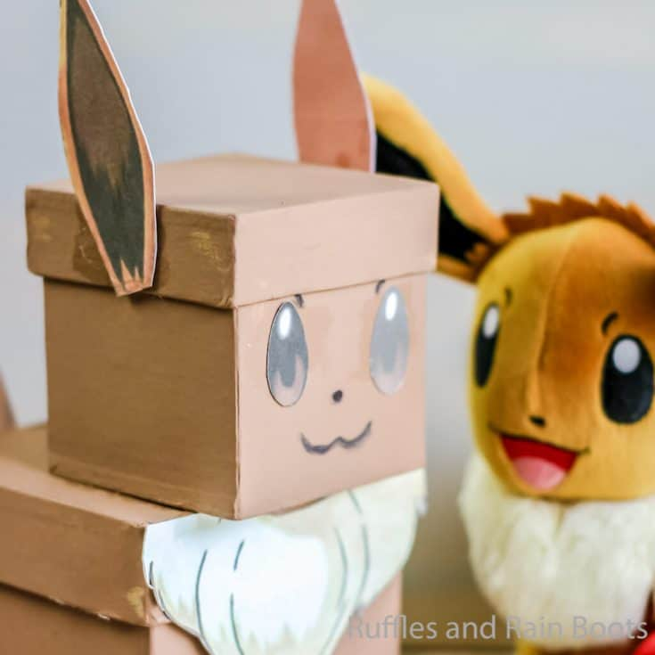Pokemon Eevee Valentine Box