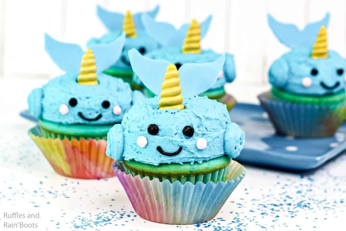 pool party cupcake idea