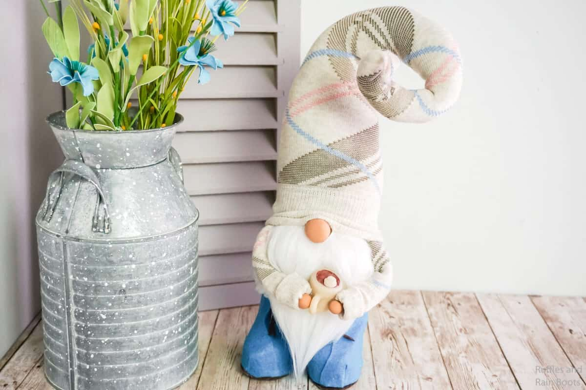 spring sock gnome pattern with boots and a twisty hat