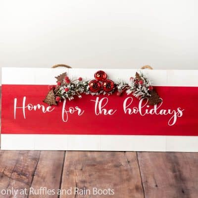Check Out This Home for the Holidays Sign Christmas Cricut Project